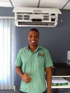 Rodrigo Carvalho, técnico em eletricidade e proprietário da Qualli Elétrica.