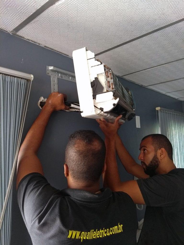 A Qualli Elétrica oferece o serviço de manutenção do aparelho de ar-condicionado em Salvador, Lauro de Freitas, Camaçari e região metropolitana.